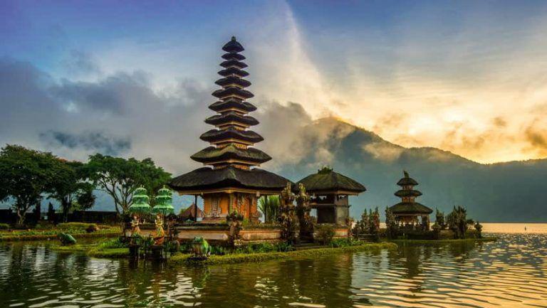Du lịch Bali - Đền Bedugul