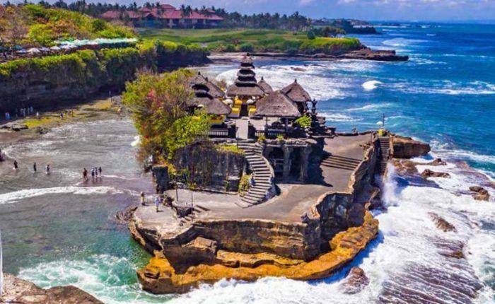 Hồ Beratan - Đền Tanah Lot Bali