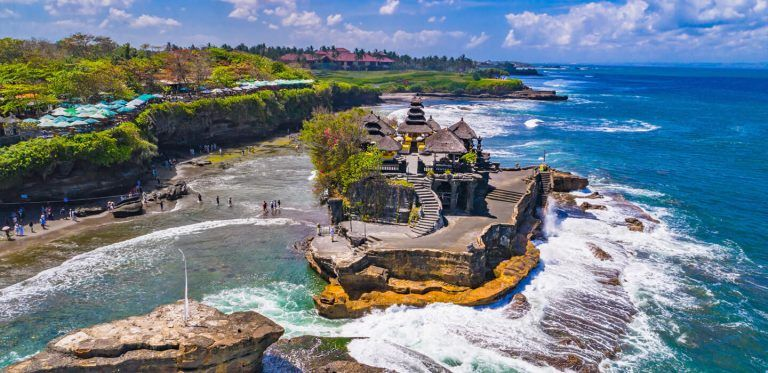 Đền Tanah Lot Bali